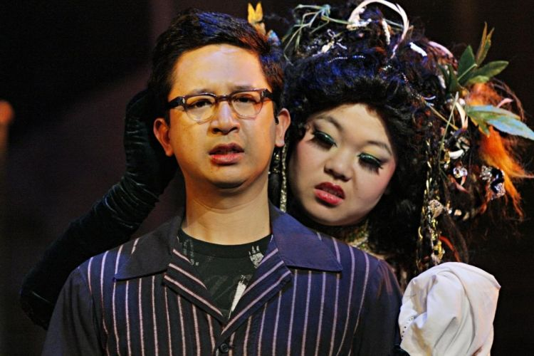 A Mu Performing Arts production of Little Shop of Horrors with actors Randy Reyes as Seymour and Sheena Janson as Audrey II. (Photo: Michal Daniel)