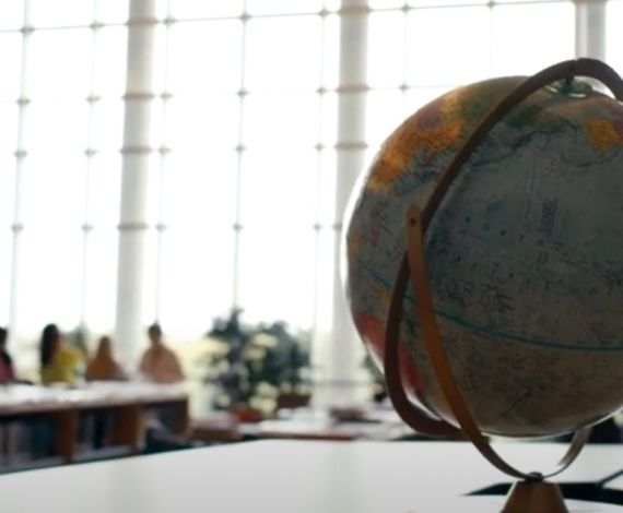 Globe and students
